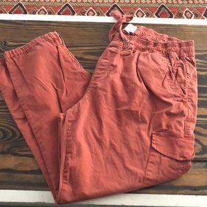 Rust crop pants
